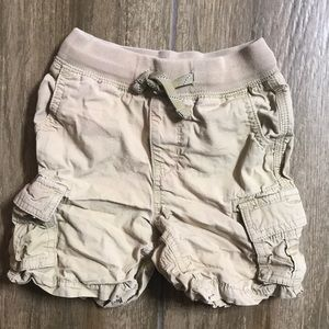 Gap Boys Khaki Cargo Shorts in 18-24 Months